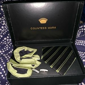 Countess Mara Tie